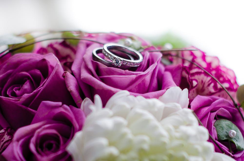 bröllop ringar
